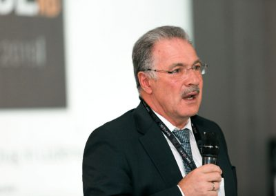 Bürgermeister_Dzewas